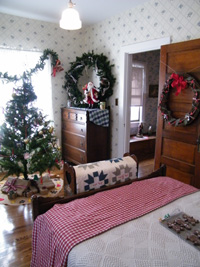Aldrich House - bedroom during Journey Into Christmas